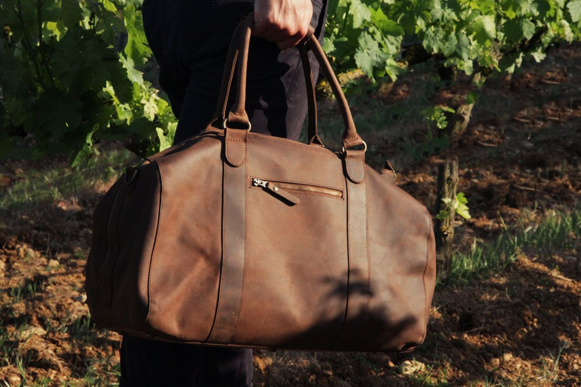 7f80697dad45 ... Buckle   Seam.   The Perfect Weekender   - GQ. The Willow Duffle bag in  Premium