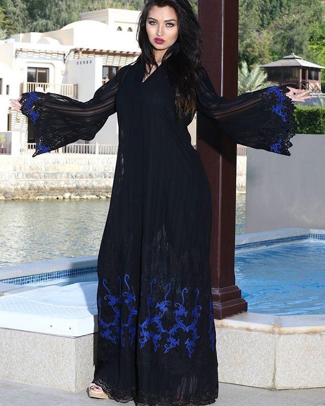 لوزان تطرح أرقى الموديلات لتناسب المرأة العصرية المتميزة تم طرح مجموعة من احدث التصاميم في جميع فروع لوزان الان ارضاء ل Fashion Fashion Dresses Fashion Quotes