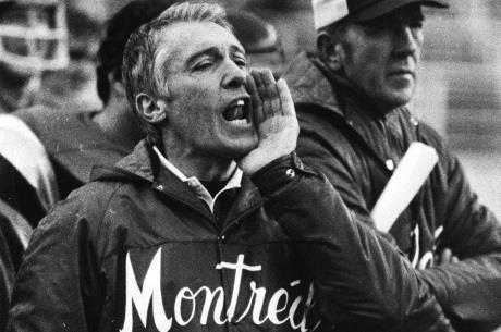 20 décembre 1977 Annonce du départ de Marv Levy pour la Ligue nationale de football #sport https://t.co/JrVnCZsF3V https://t.co/IedTQnPxW2