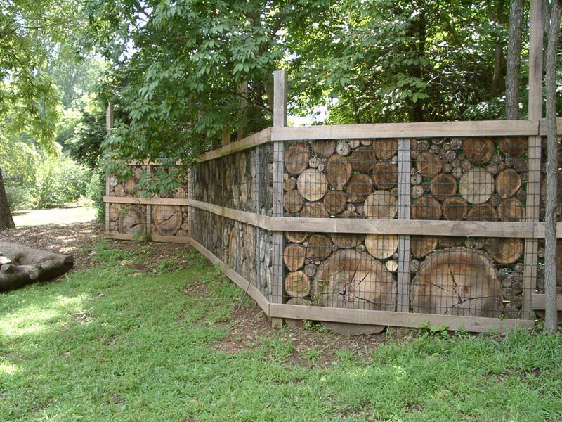 stone walls and gabion stone fences a stylish alternative for beautiful homes garden art. Black Bedroom Furniture Sets. Home Design Ideas