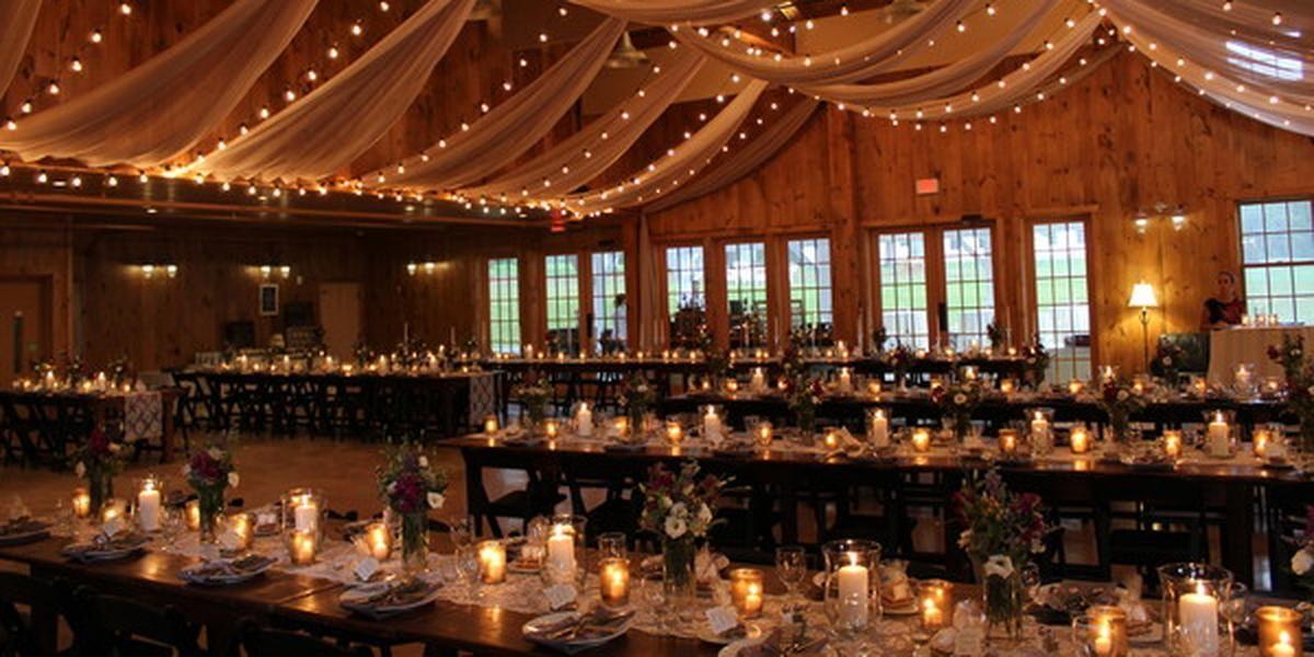 Pin By Laura Falardeau On Wedding Stuff Barn Wedding Wedding Catering Country Barn Weddings