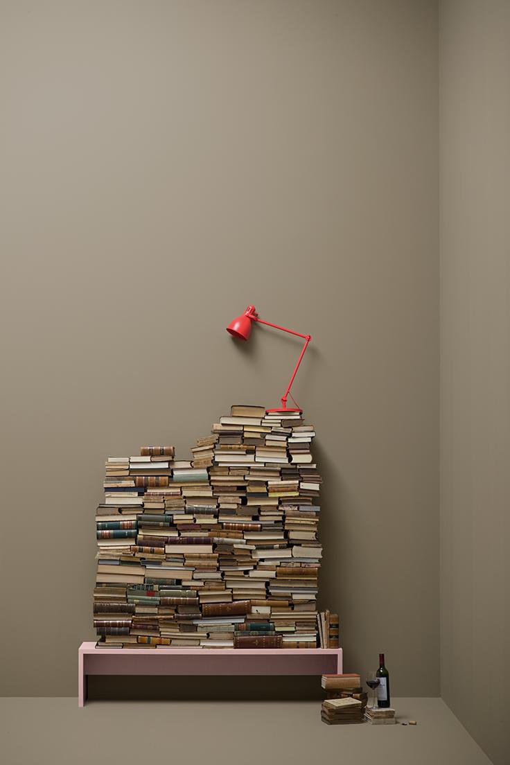 No 24 Library Love Schlamm Ton Mit Einem Hohen Anteil Von Umbra Die Farbe Fur Traditionellen Chic Eine Hommage An Die Ruhig Mit Bildern Farben Wandfarbe Wandfarbe Braun