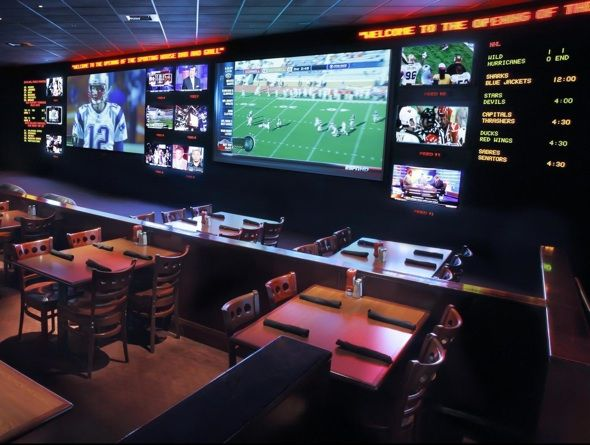 The Sporting House Bar U0026 Grill Vegasu0027 Newest Sports Bar Calls New York New  York Home. The Sporting House Bar U0026 Grill Has 130 Televisions To Catch All  The ...