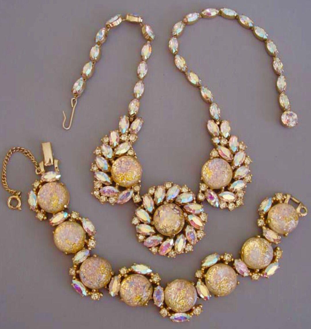 Schiaparelli Necklace and Bracelet in 2019 Vintage