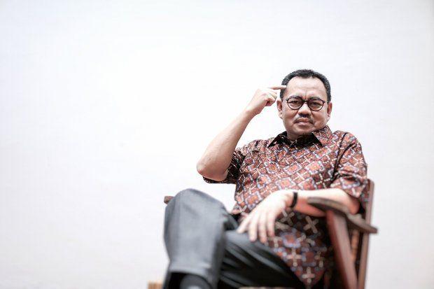 Kereta Cepat Jakarta Bandung Mangkrak