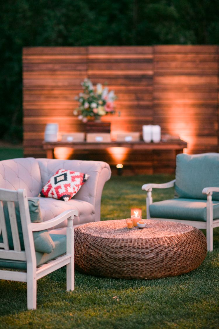 Outdoor Wedding Outdoor Furniture Rental Image By Michelle