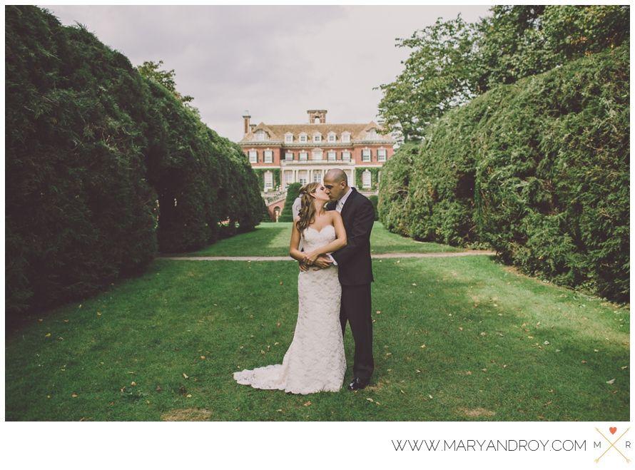 Old Westbury Gardens Destination Wedding Bride And Groom Portraits Mdroy Mandrcreative Mdroycreative