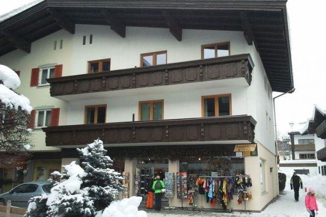 Haus Janita XXL - #Apartments - EUR 549 - #Hotels #Österreich #Westendorf http://www.justigo.at/hotels/austria/westendorf/haus-janita-xxl_40361.html