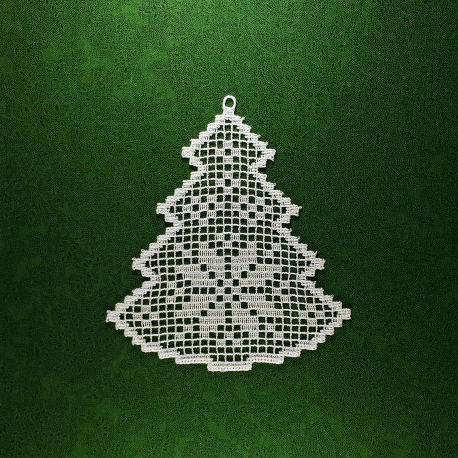 Christmas Tree Machine Embroidery Design Freestanding Lace In Etsy Crochet Christmas Trees Christmas Tree Embroidery Design Crochet Christmas Trees Ornaments