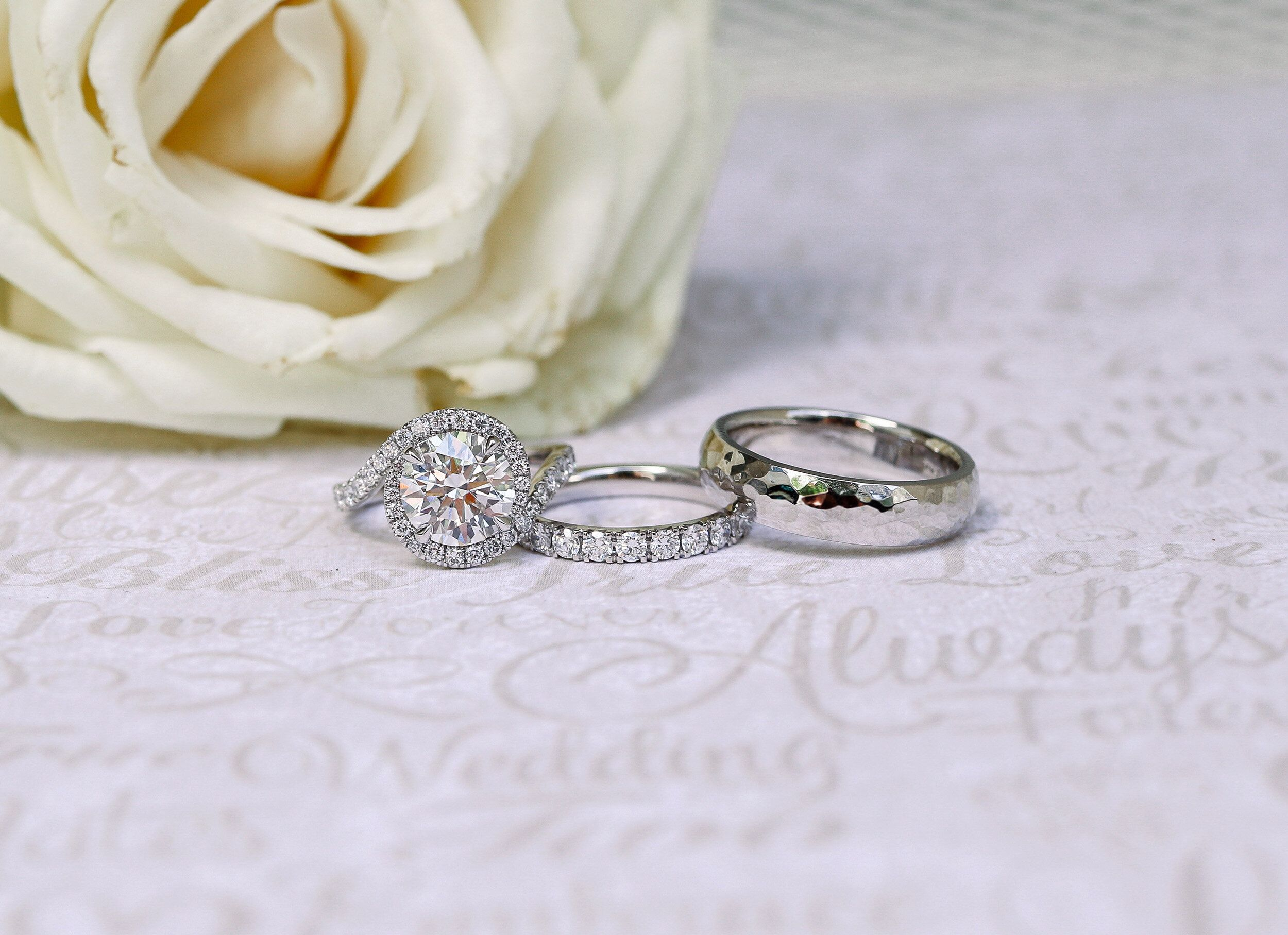 Buy Used Wedding Rings Online In 2020 Wedding Rings Online Wedding Ring Designs Diamond Wedding Sets