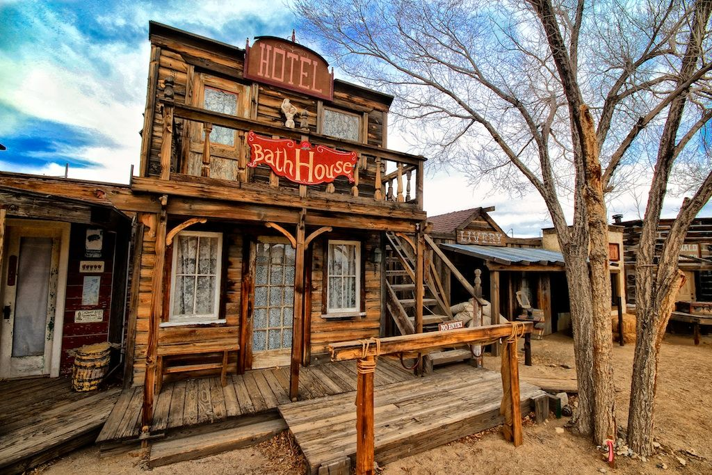 Pioneertown A Cowboy Town Created For Movies Lenses
