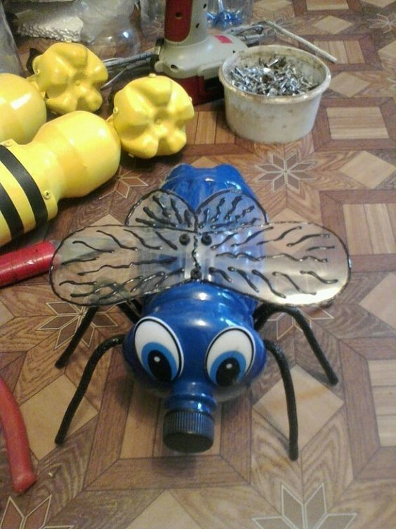 insectes pinterest bouteille. Black Bedroom Furniture Sets. Home Design Ideas