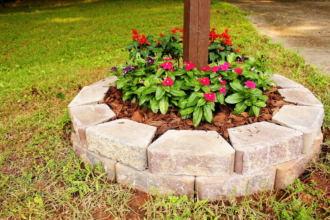 easy flower beds simple-cute