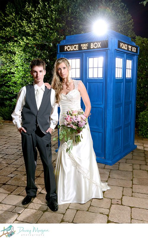 Laurie + Justin's Doctor Who Themed Wedding When Geeks