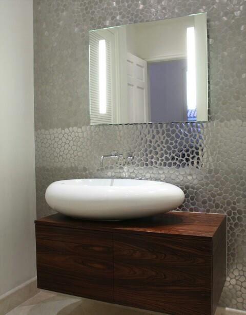 So nice for a small bathroom