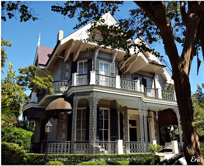 a famous movie star lives here on a part time basis in the garden district you will have to. Black Bedroom Furniture Sets. Home Design Ideas
