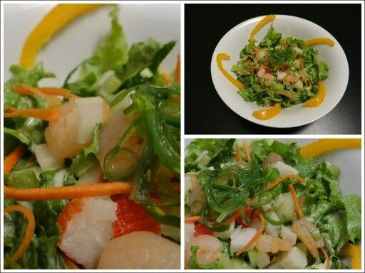 Ensalada Oriental con Camarones, surimi y Wakame... By Lola's Flavours