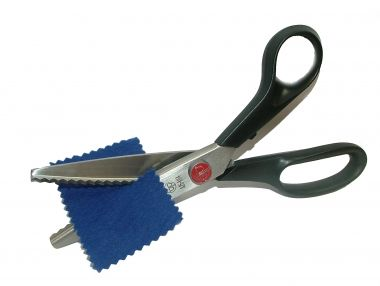 Pinking Shears, to help material to not unravel