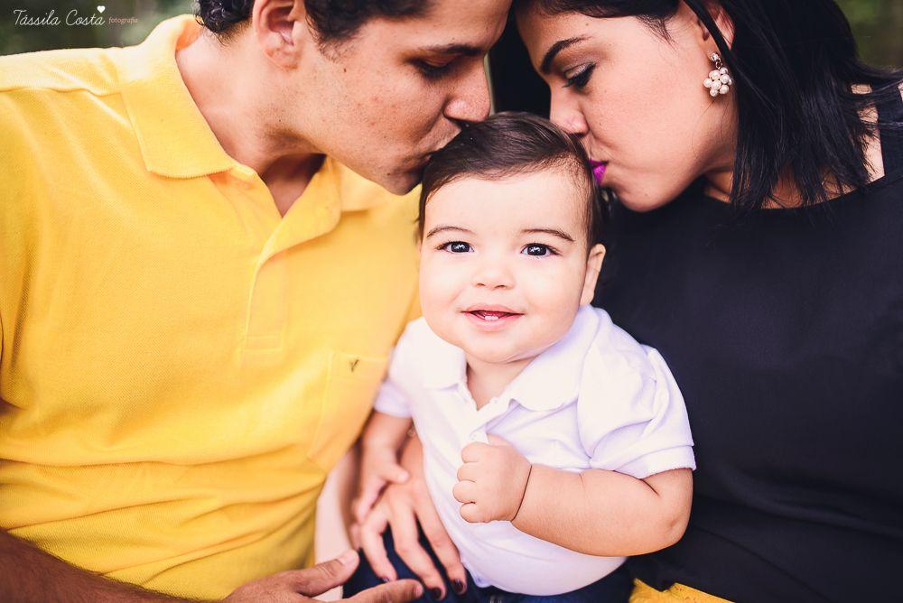 Como eu amo essa família! Fotografei vários momentos importantes deles, inclusive o Estevão ainda na barriga da Marys. Agora chegou a vez dele ser meu modelo. Um bebê lindo e sorridente merece uma sessão de fotos de pré aniversário. <3