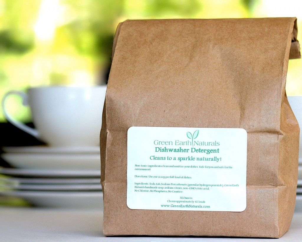 This compostable/biodegradable bag is 32 ounces and will completely refill our swing top jars.   While the scoop is not included in the refill bag, if you have not purchased our jar and scoop previously, simply use one heaping Tablespoon as one scoop.