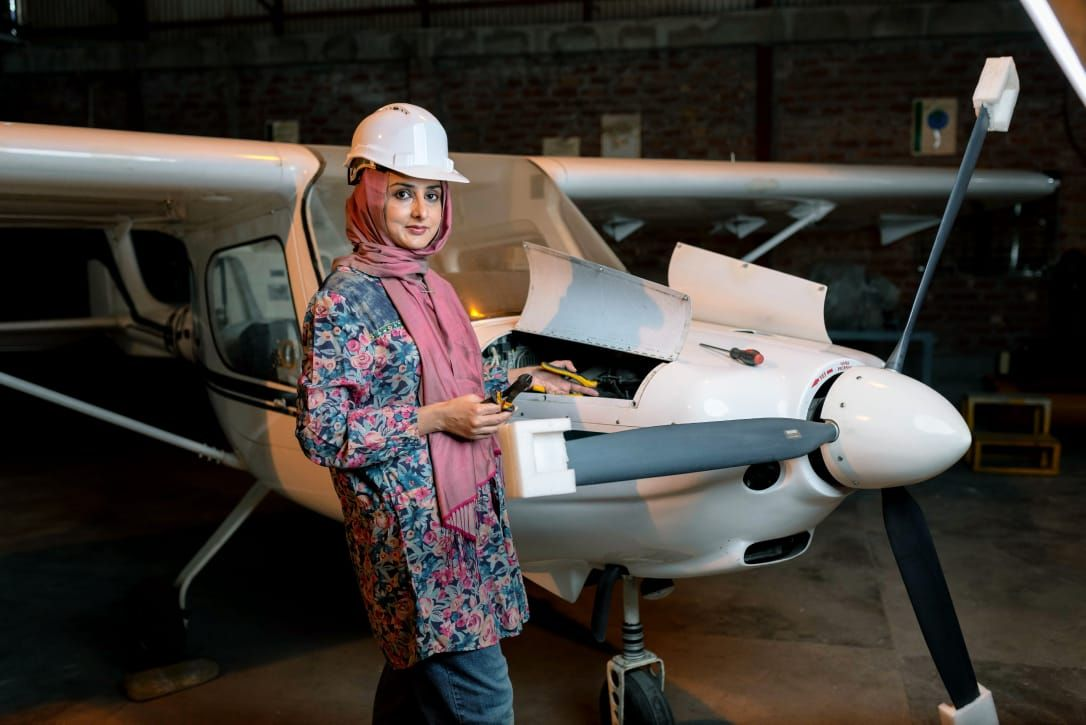 Dr Sarah Qureshi   Aerospace Engineer Developed contrail-free Aircraft Engine