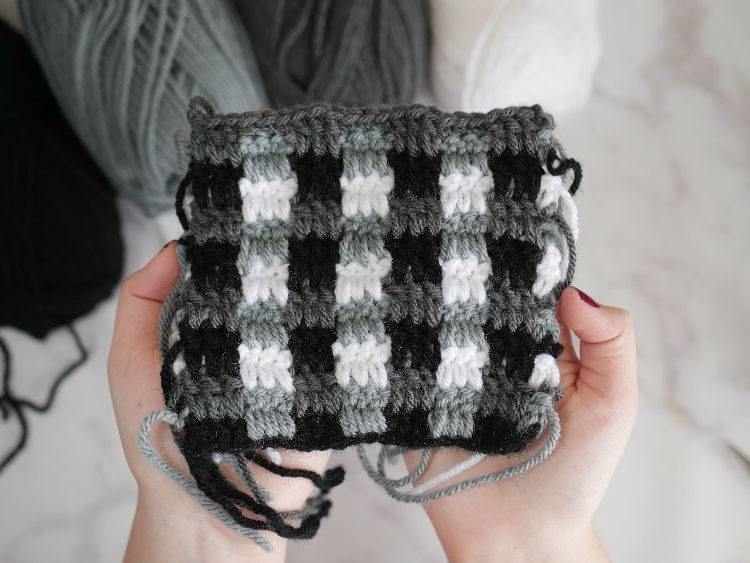 The plaid crochet stitch is much easier than it looks, and whips up ...