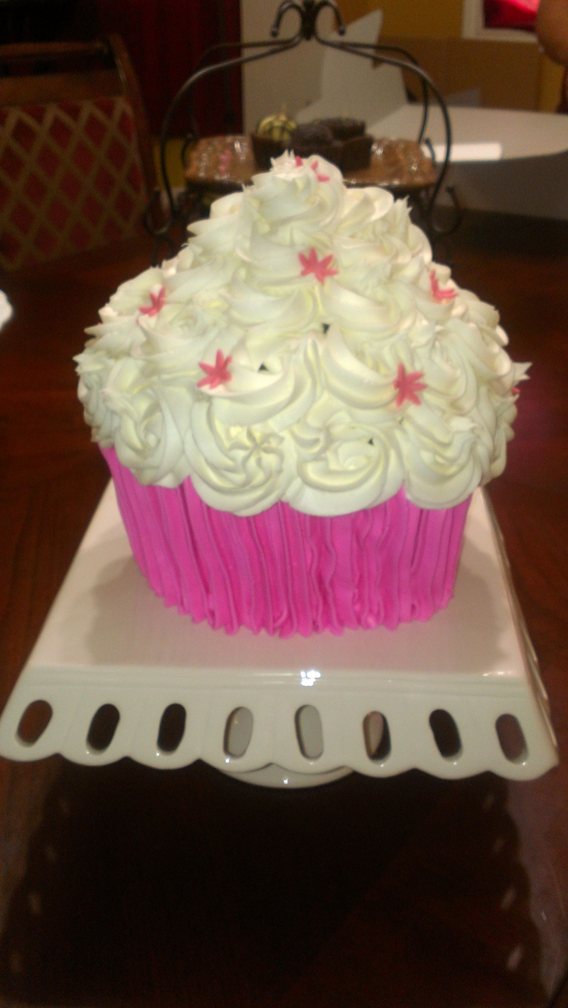 Jumbo Cupcake With Pink Fondant Flowers Giant Cup Cakes