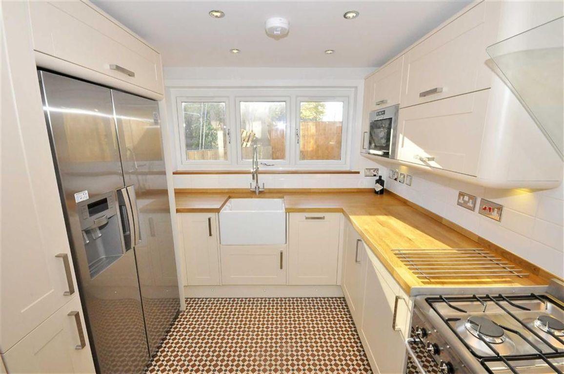 Smart new \'shaker\' styled kitchen. Nunhead SE15, Victorian ...