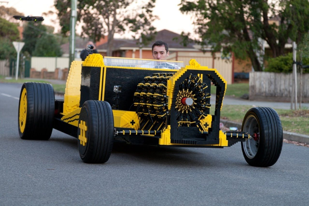 Life Size LEGO This Is So Cool If You Boys Likes Cars Andor - Cool young cars
