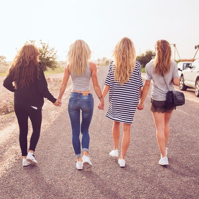 "Janni Olsson Delér on Instagram: ""Miss my girls today! 👯👯❤️ #fluffyhair"""