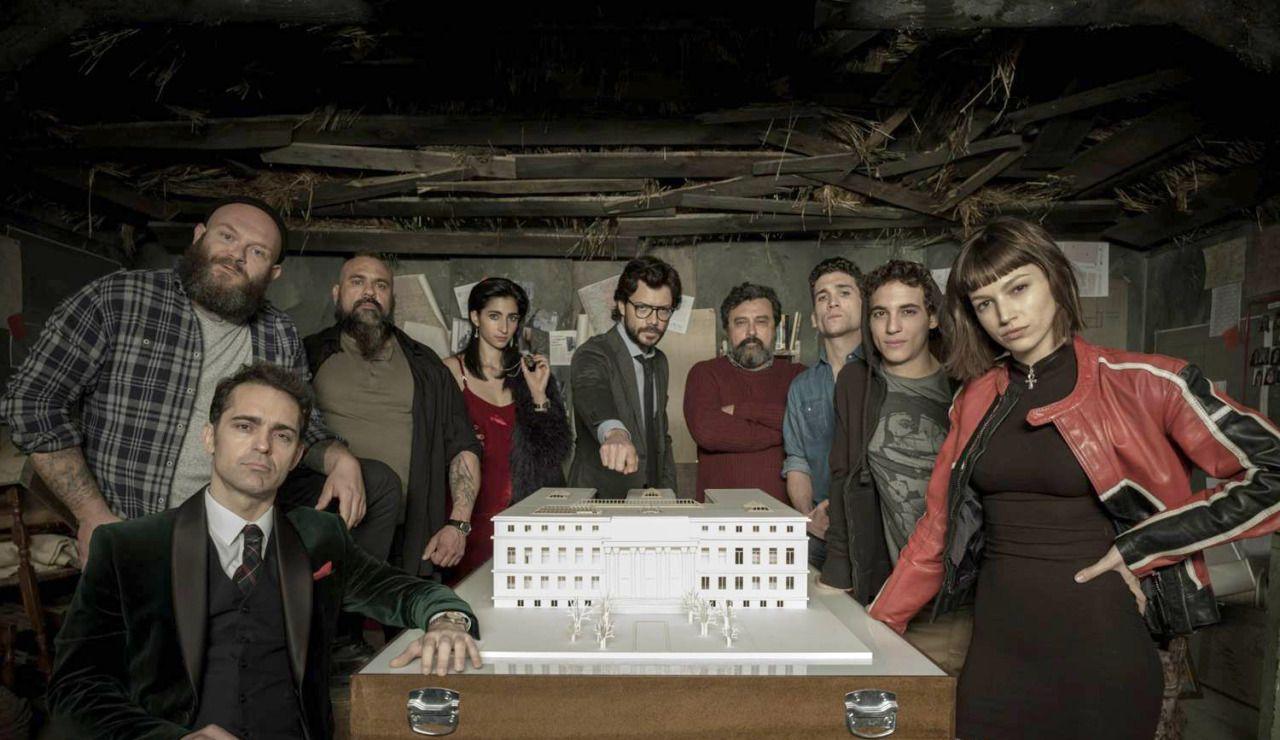 Assistir Filmes Online Casa De Papelao La Casa De Papel E