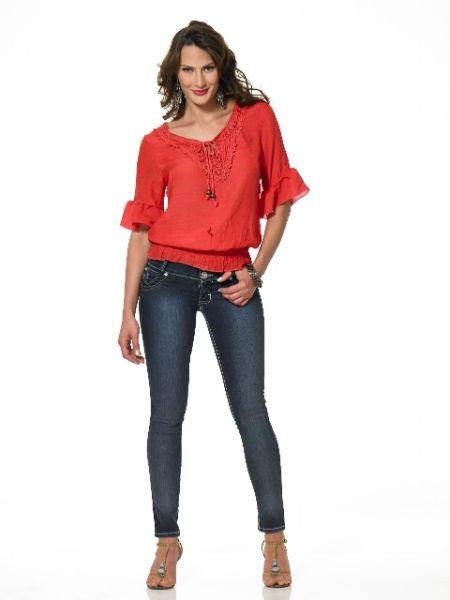 3d2f1e4011b79 Blusas rojas de moda 5