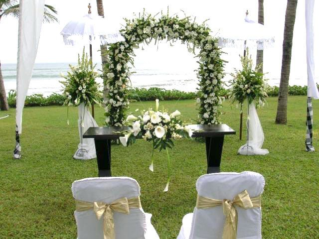 Outdoor Wedding Decorations | Simple Wedding Decorations Ideas