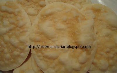 Artemaniacriar: Massa de Pastel Sequinha e Crocante no Microondas