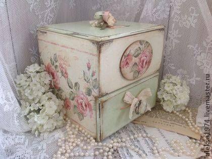 Caja vintage decoupage pinterest chic - Decoupage con servilletas en muebles ...