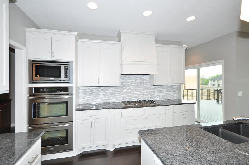 17371 70 (With images)   Kitchen, Kitchen cabinets ...