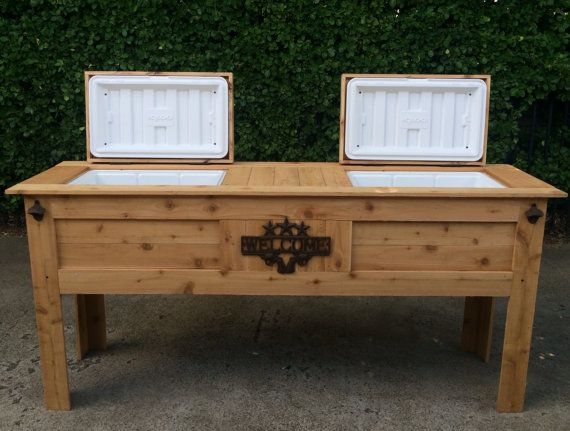This Ice Chest Box Is Made Out Of Quality Materials Western Red Cedar Which Is A Natural Wood That Is Great Fo Diy Pallet Projects Pallet Diy Wooden Ice Chest