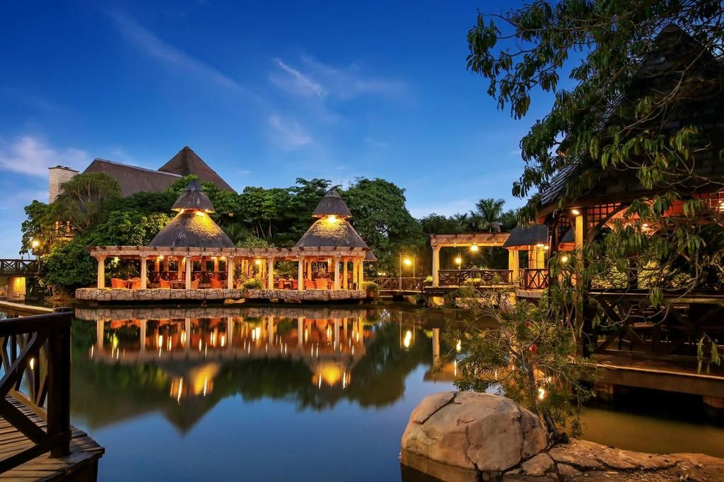 at Summerfield Luxury Hotel & Botanical