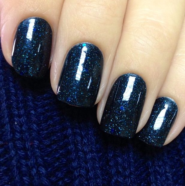 Deep Navy Sparkly Nails