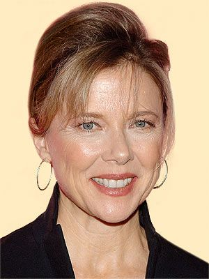 Nyy'zai Annette Bening Film Actress (Grifters, Bugsy)