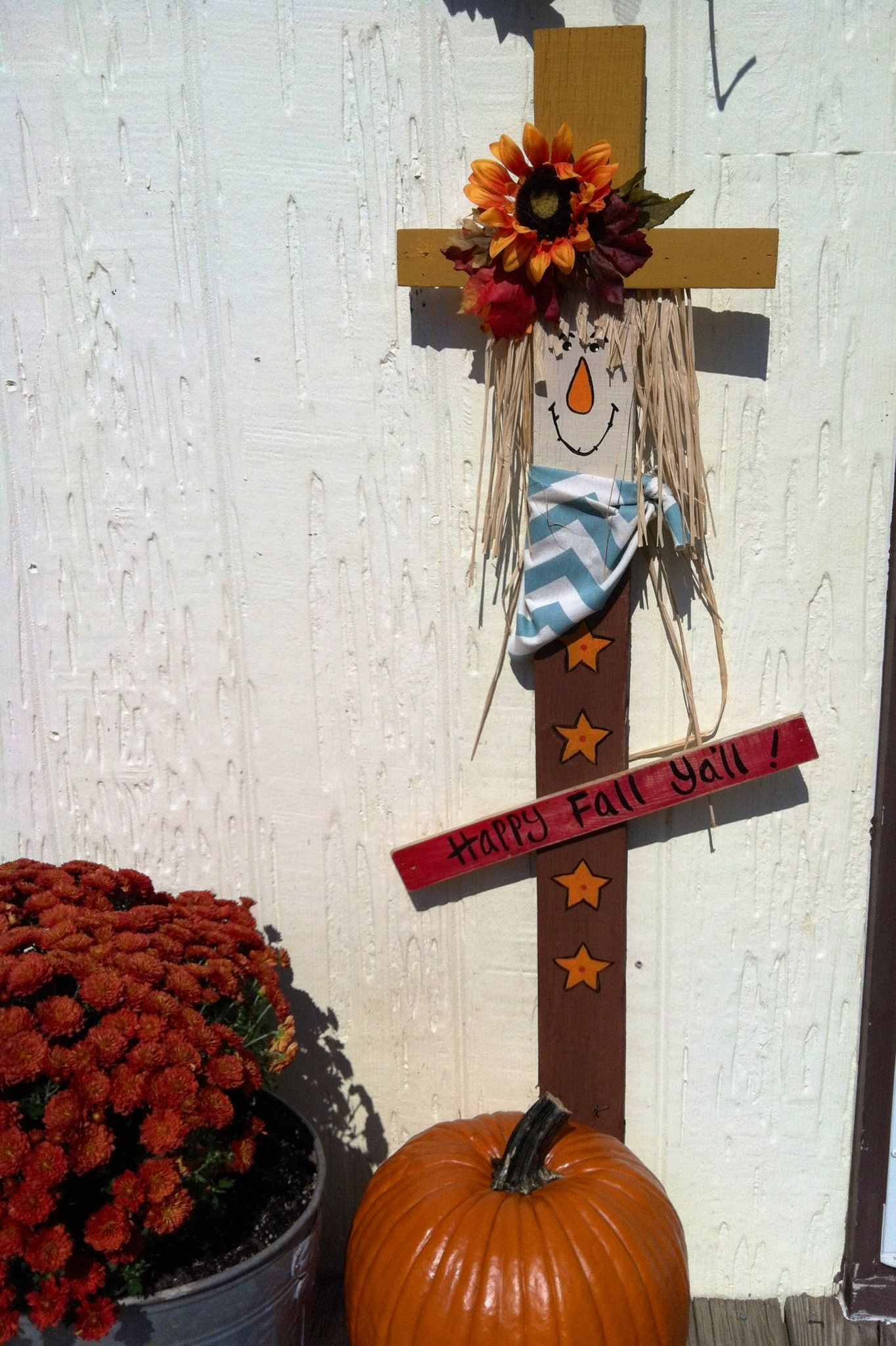 Pallet Wood Scarecrow Scarecrows And Fall Crafts
