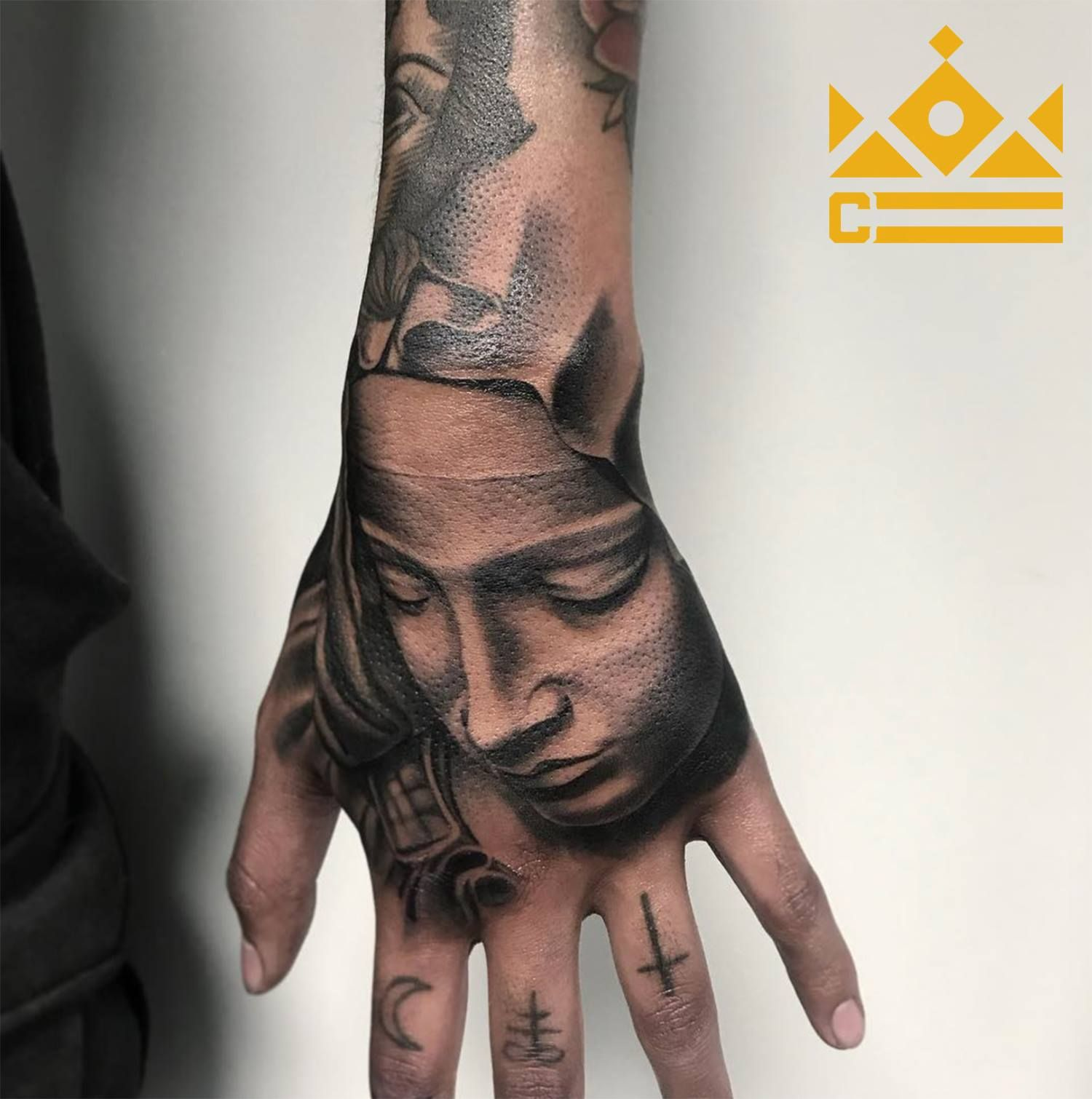 Black And Grey Hand Tattoo By Salvador Diaz At Certified Tattoo Studios Tattoo Artists Tattoo Studio Denver Tattoo Artists
