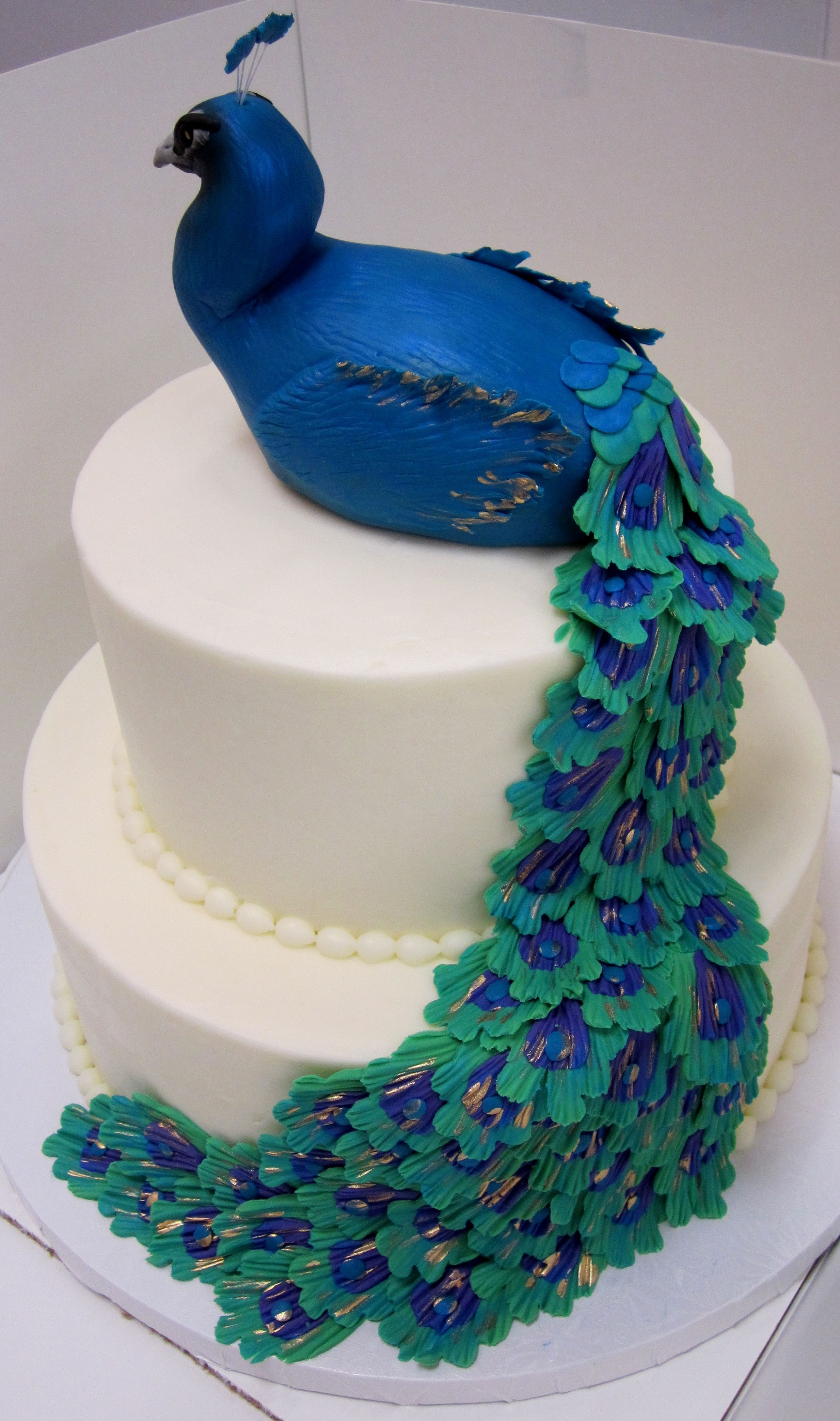 Glamorous peacock cake for any birthday or special occassion Made