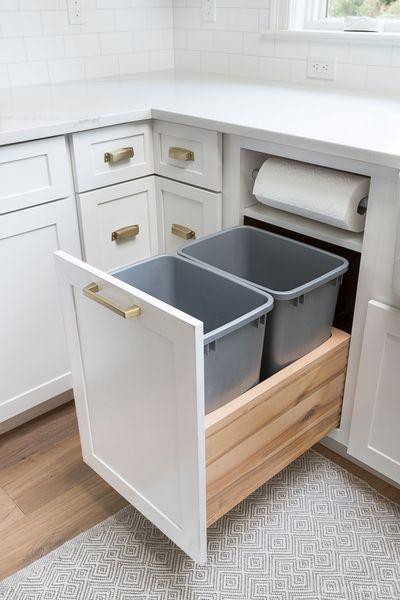 Kitchen Cabinet Storage & Organization Ideas