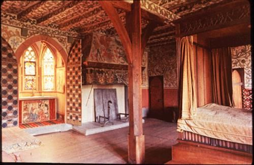 Medieval or elizabethan decor inspiration idea rv for Medieval bedroom designs