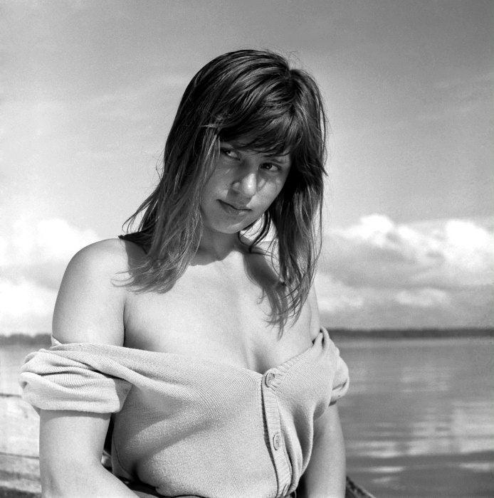 Harriet andersson breasts scene in summer with monika
