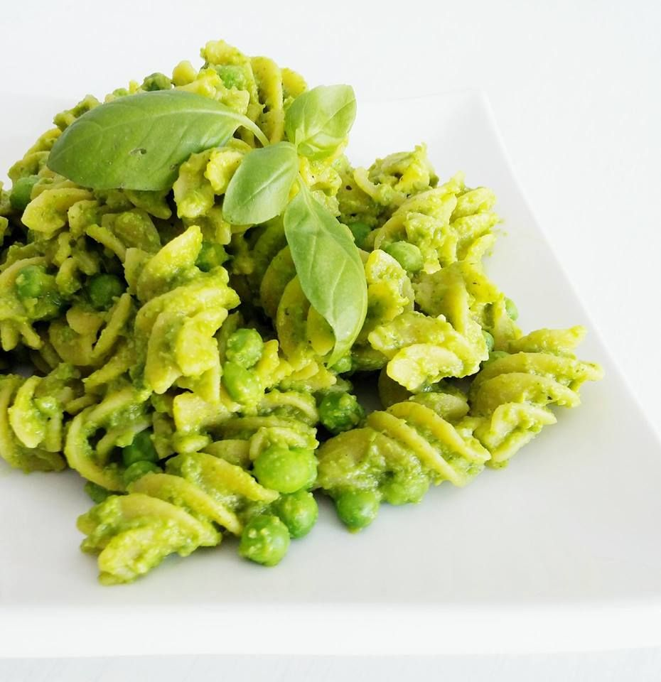 Pesto pasta salad (GF)   I was asked a while back to come up with some gluten free recipes from my friend Derrek.  He has been very pati...