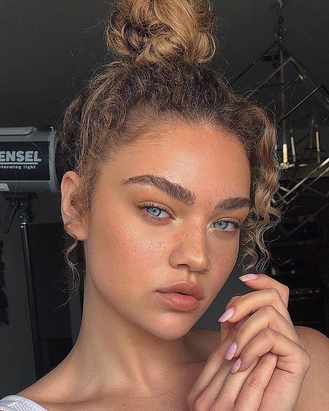 Photo of Natural makeup – new site