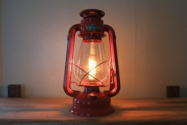 Make This Diy Vintage Electric Camp Lantern Diy Projects For