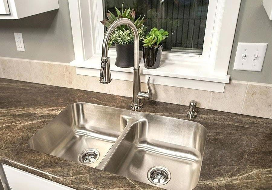 Kitchen Faucets For Granite Countertops